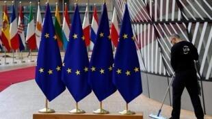 Juste avant l'ouverture du sommet européen, les ultraconservateurs du DUP ont rejeté le compromis de Brexit proposé par le Premier ministre britannique.