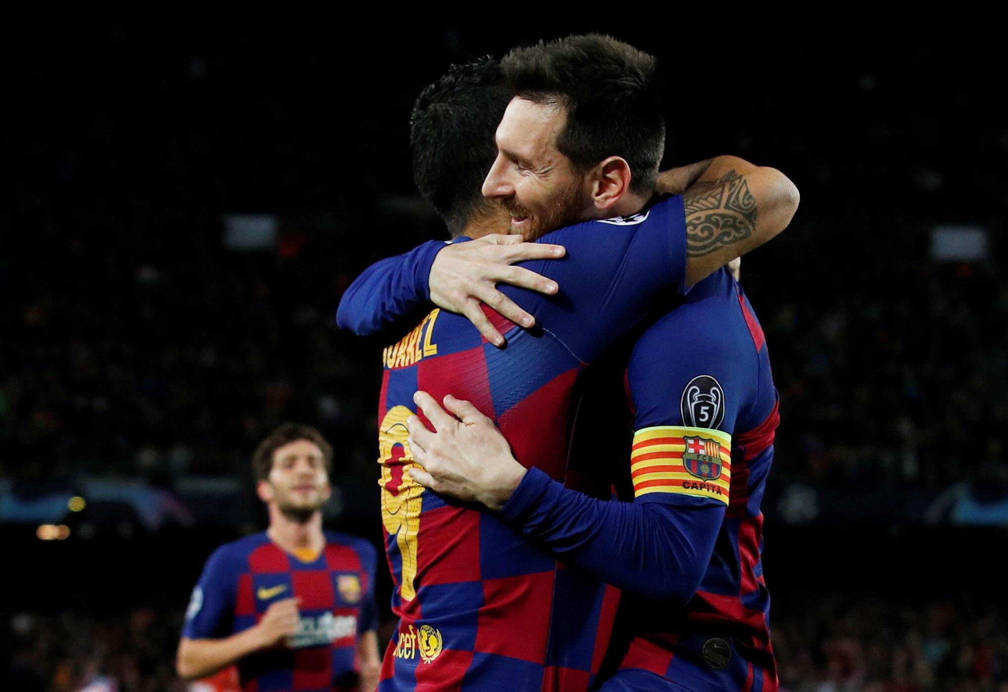 Luis Suarez et Lionel Messi (FC Barcelone) après le premier but contre Dortmund, le 27 novembre 2019.