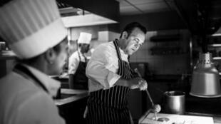 Эмманюэль Рено, повар трехзвездного ресторана Flocon de Sel в Межеве: «Наши трудные почвы, наш суровый горный климат должны стать нашей силой»