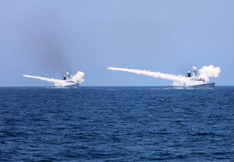 Hải quân Trung Quốc tập trận bắn đạn thật ở Bột Hải. Ảnh ngày 07/08/2017.