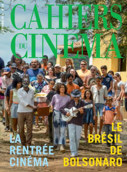 """Capa da revista Cahiers du Cinéma de setembro de 2019, ilustrada com uma foto do filme Bacurau e a chamada """"O Brasil de Bolsonaro""""."""