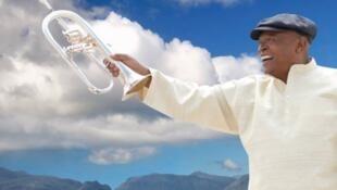 Hugh Masekela, cantor, compositor e trompetista sul-africano falecido a 23/01/2018