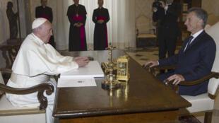 Papa recebeu Macri no Vaticano em fevereiro.