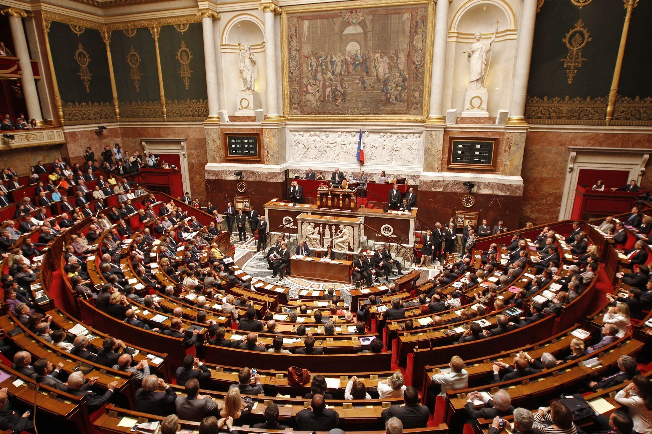 La Asamblea Nacional está conformada por 577 diputados.