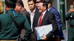 L'opposant cambodgien Kem Sokha lors de son retour à son procès le 15 janvier 2020 à la mi-journée à Phnom Penh.