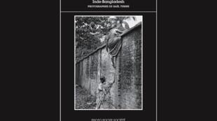 Le livre du photojournaliste Gaël Turine, <i>Le mur et la peur, </i>paru aux Editions Actes Sud.