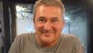Miguel Galano en los estudios de RFI.