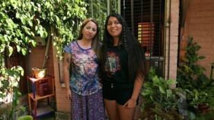 Andrea et Catalina. Chiliennes, âgées de 40 et 19 ans. La mère a transmis à sa fille l'indépendance vis-à-vis des hommes.