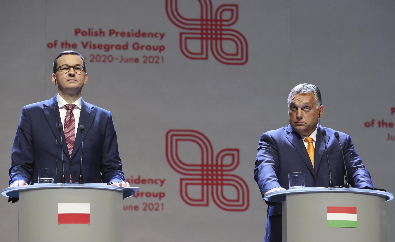 Waziri Mkuu wa Hungary Viktor Orban na mwenzake wa Poland Mateusz Morawiecki kwenye mkutano na waandishi wa habari huko Lublin, Poland, Septemba 11, 2020.