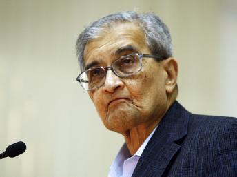 ជ័យលាភីរង្វាន់ណូបែលសន្តិភាពលោកសាស្ត្រាចារ្យ  Amartya Sen ចុងឆ្នាំ២០០៧ នៅ New Delhi.