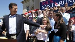O ex-senador Rick Santorum durante o anúncio de sua candidatura, no dia 6 de junho de 2011.