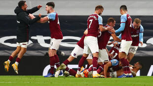 West Ham scored three times in the final 10 minutes to earn a 3-3 draw at Tottenham