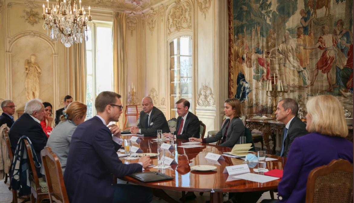 美國國家安全顧問沙利文會見法國智庫代表