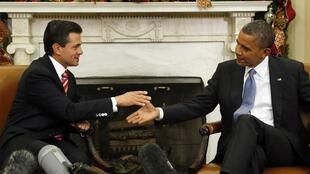 U.S. President Barack Obama meets with Mexico's President Enrique Pena Nieto in Washington, 27 November, 2012