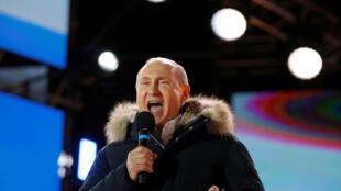 Rais wa Urusi Vladmir Putin ambaye amechaguliwa tena kuongoza nchi yake kwa miaka 6 mingine.