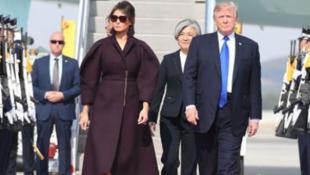 美国总统特朗普夫妇访问韩国资料图片