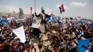 Des partisans de l'ex-président Saleh rassemblés dans le centre de Sanaa, le 24 août 2017.