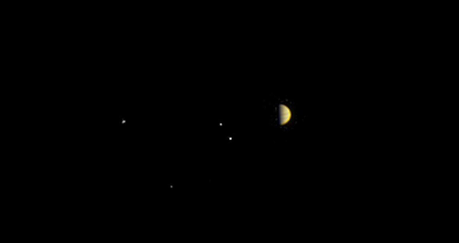 Vista obtida pela sonda Juno a uma distância de 10,9 milhões de quilômetros de Júpiter.