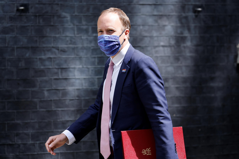 El ministro británico Matt Hancock llega a Downing Street, residencia oficial del primer ministro, el 15 de junio de 2021 en Londres