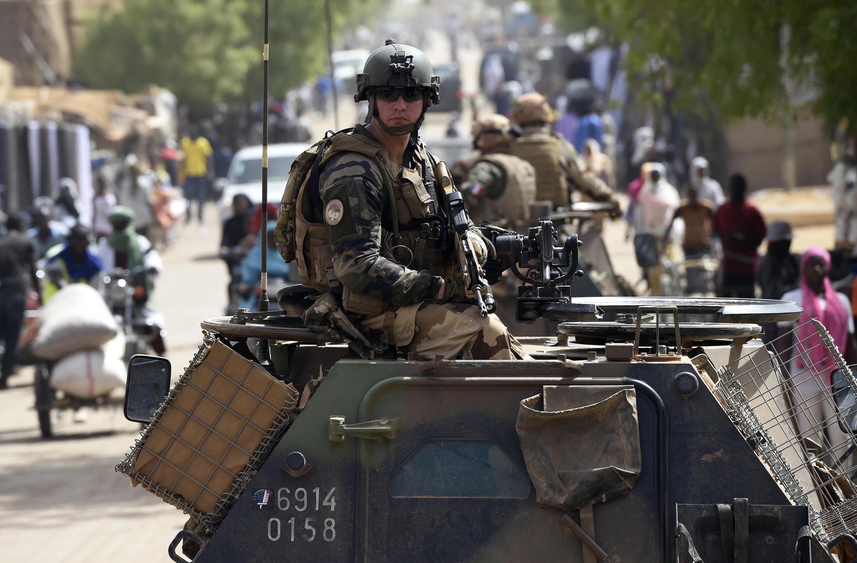 Soldados franceses de la Operación Barkhane en el Sahel, en Gao, en el norte de Malí, el 20 de mayo de 2015