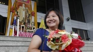 Bà Chiranuch Premchaiporn tại toà án Bangkok 30/05/2012 (REUTERS)