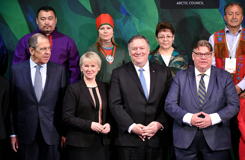 Hàng đầu từ trái: Các ngoại trưởng Nga (Sergei Lavrov), Thụy Điển (Margot Wallstrom), Hoa Kỳ (Mike Pompeo) và Phần Lan (Timo Soini), ngày 07/05/2019.