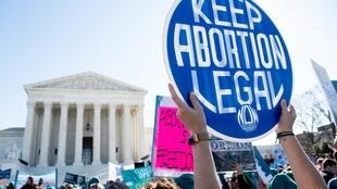 Manifestación pro-aborto frente a la Corte Suprema de los Estados Unidos en Washington, D.C. el 4 de marzo de 2020 (imagen genérica de ilustración).