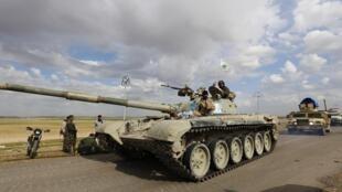 Mais de 30 mil militares iraquianos participam da ofensiva sobre Tikrit.