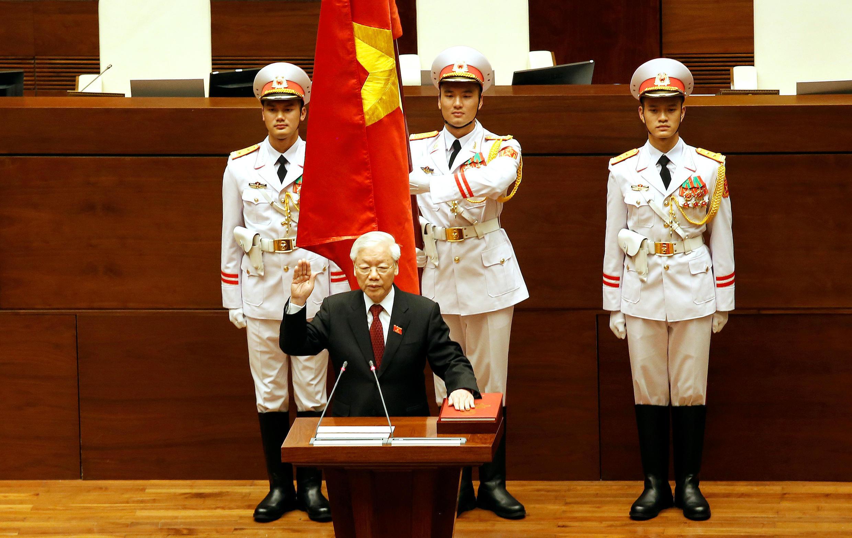 Ông Nguyễn Phú Trọng tuyên thệ nhậm chức chủ tịch nước trước các đại biểu Quốc Hội ngày 23/10/2018.
