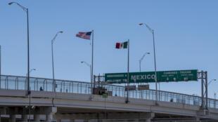 Fronteira entre Estados Unidos e México na cidade americana de El Paso no Texas, 8 de abril de 2018