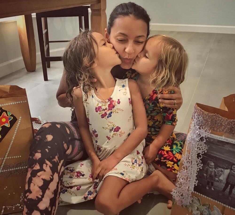 A brasileira Fernanda Paulsen saiu do Havaí às pressas com as duas filhas após ter sua casa destruída pela lava do vulcão Kilauea