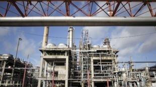 La raffinerie Petroplus à Petit-Couronne en Hautet-Normandie, le 26 septembre 2012.