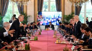 Reunião em Paris sobre o futuro da segunda maior cidade do Iraque.