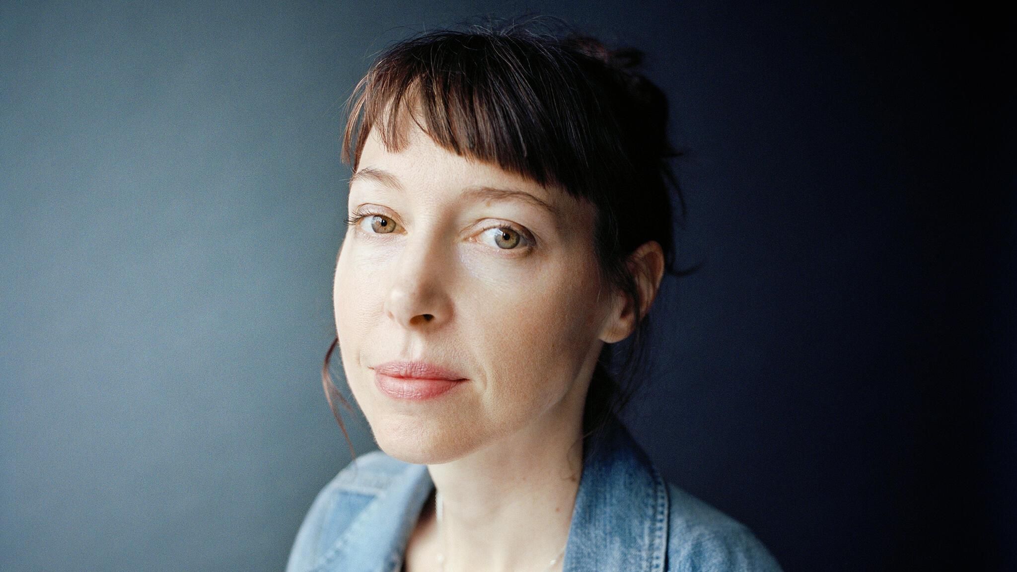 La chanteuse française Jeanne Cherhal publie un album intitulé « L'an 40 ».