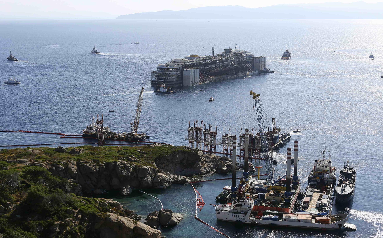 Operação para rebocar Costa Concordia começa nesta quarta-feira, 23 de julho de 2014.