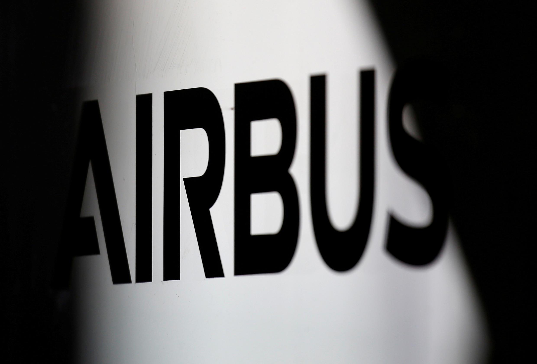 Les employés d'Airbus concernés auraient obtenu des dossiers secrets de l'armée allemande.