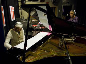 Omar Sosa plays in RFI with Malian singer Mamani Keita