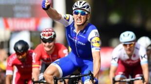 O alemão Marcel Kittel ganha a sua segunda etapa da Volta à França 2017 com meta em Troyes.