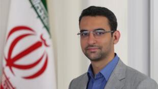 محمد جواد آذری جهرمی، وزیر ارتباطات و فناوری اطلاعات ایران