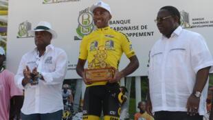 Le cycliste français Yohann Gène vainqueur de la Tropicale Amissa Bongo 2017.