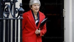 英國首相梅3月27日表示,國會通過脫歐協議,我就下台