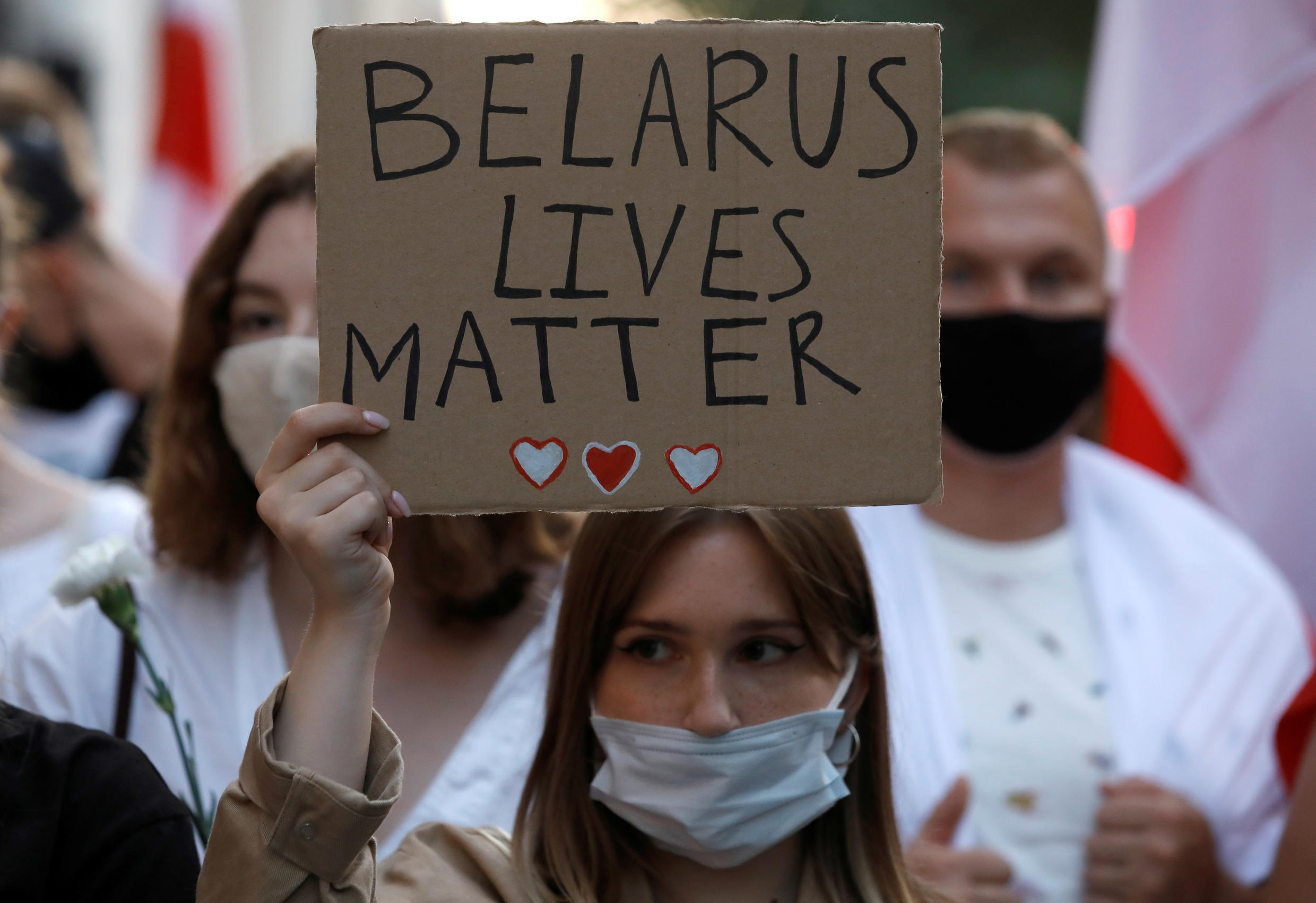 2020-08-13T183927Z_263941731_RC26DI9RQTUD_RTRMADP_3_BELARUS-ELECTION-POLAND-PROTESTS