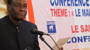 L'opposant Tiébilé Dramé, lors de la conférence du parti Parena le 20 décembre, à Bamako.