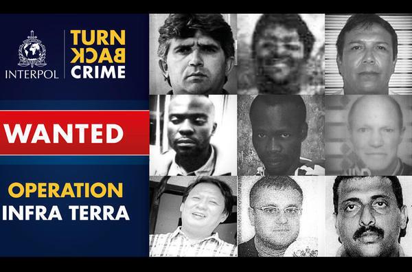 Fotos dos nove criminosos ambientais procurados procurados pela Interpol.