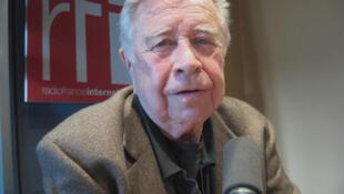 Manuel Felguérez en RFI.