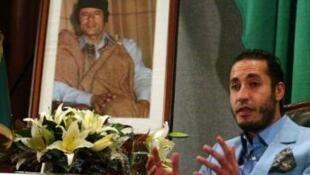 Saadi, um dos filhos de Kadhafi, é procurado na Líbia por roubo de bens públicos e violência.