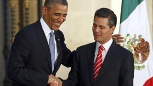 Washington veut agir pour protéger les jeunes migrants originaires d'Amérique centrale. Ici, Barack Obama avec son homologue mexicain, Peña Nieto.