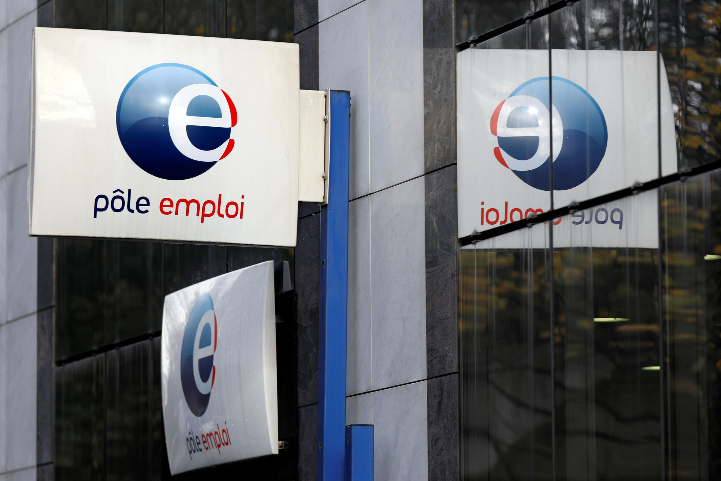 More workers, less work for Pôle Emploi, the National Employment Agency
