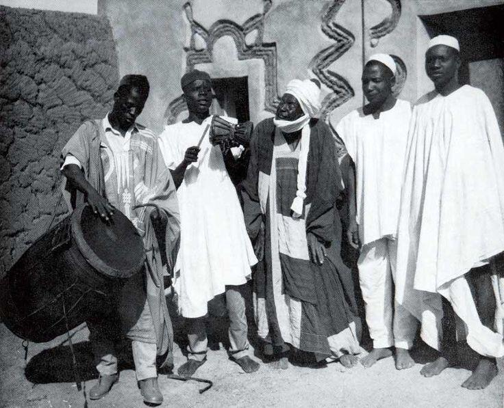 """The \\\""""REAL\\\"""" Hausa - Culture - Traditional Hausa Music in Nigeria"""