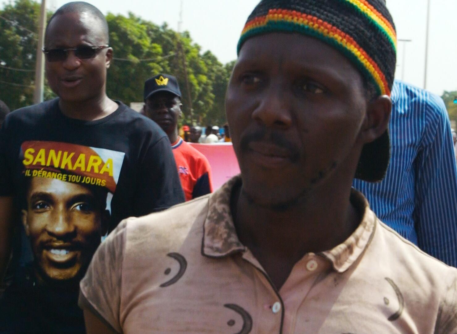 « Sankara n'est pas mort », un film de Lucie Viver, avec le poète burkinabè Bikontine.